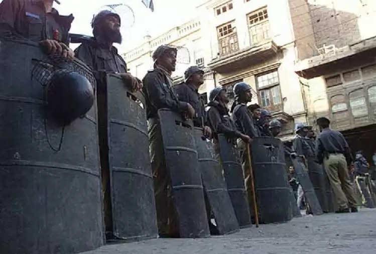 Pakistan : Anti-Pakistan slogans raised in Peshawar, 31 Afghan refugees arrested