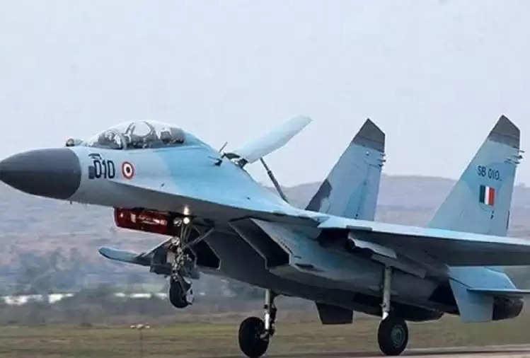 Achievement : Sukhoi and Hercules, Nitin Gadkari and Rajnath Singh to inaugurate first airstrip near Pakistan border