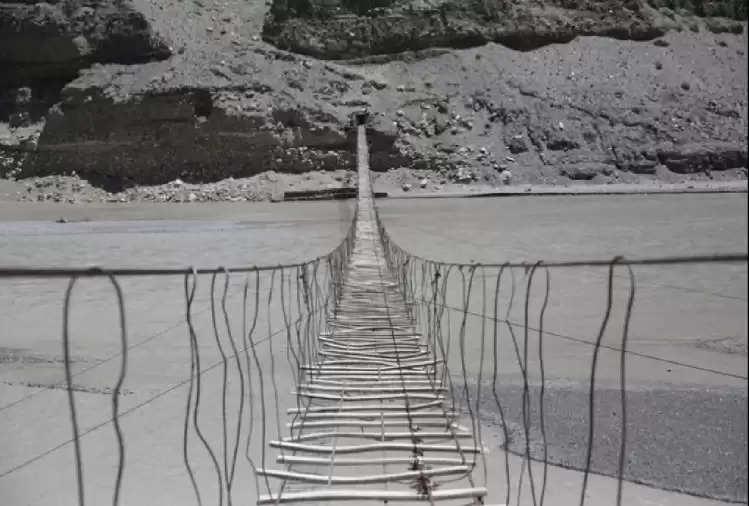 Amazing: Five most dangerous bridges in the world