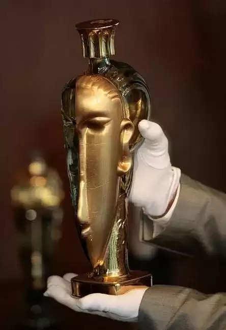 gold bottel